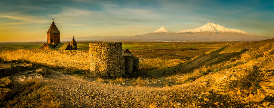 Photographer before Ararat mountain