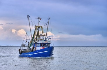 Nordsee Fischkutter - North Sea fishing cutter 01