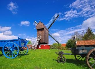 Fotorolgordijn Molens Dornum Bockwindmuehle - post mill Dornum 01