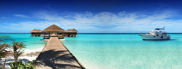 Photo sur Aluminium Bali Maldives, dream trip, beautiful, sunny, exotic vacations. Resting on a yacht