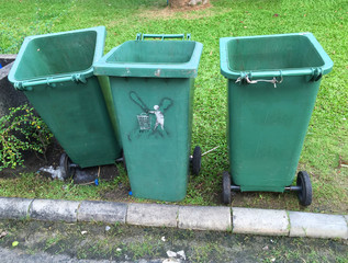 Tree garbage bins