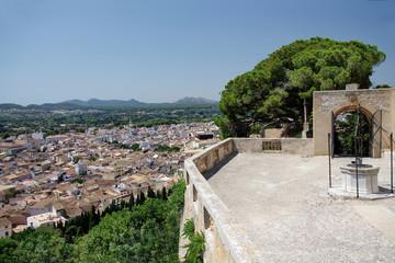 Blick auf Arta vom Puig Sant Savador