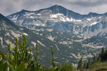 Keuken foto achterwand Alpen Amazing view to Banski Suhodol Peak, Pirin Mountain, Bulgaria