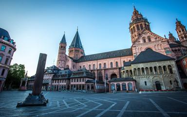 Marktplatz in Mainz am frühen Morgen