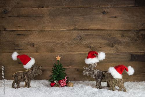 Weihnachten dekoration aus holz mit rentiera und santa for Dekoration in rot