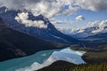 Peyto Lake with low clouds, Banff National Park, UNESCO World Heritage Site, Alberta, Rocky Mountains, Canada, North America
