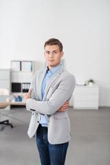 existengründer an seinem arbeitsplatz