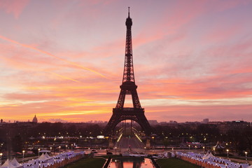 Eiffel Tower at sunrise, Paris, Ile de France, France, Europe