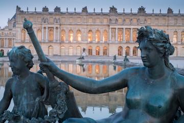 Statue dans les jardins du Château de Versailles