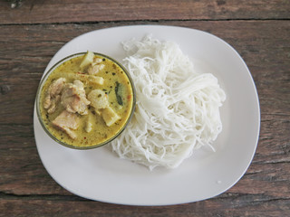 Traditional Thai cuisine, rice vermicelli eaten with green curry