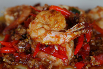 close up fried spicy shrimp with chili and garlic sauce