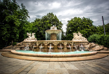 Wittelsbacher Brunnen am Maximiliansplatz in München