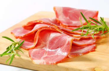 Thin-sliced smoked pork neck