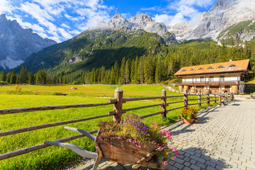 Wall Mural - View of mountain scenery in Fiscalina valley, South Tyrol, Dolomites Mountains, Italy