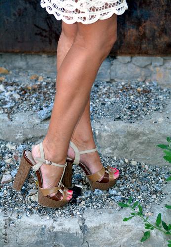 Ножки женские клипы смотреть онлайн в hd 720 качестве  фотоография