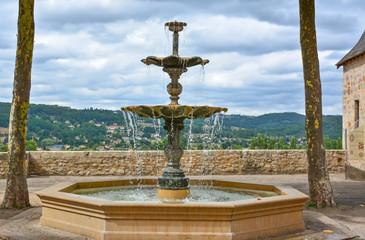 fontaine à Terrasson en dordogne