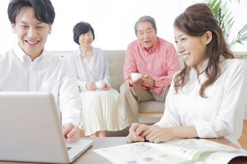 PCで検索する家族