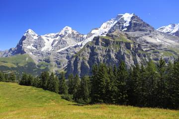 ベルナーオーバーラント三山