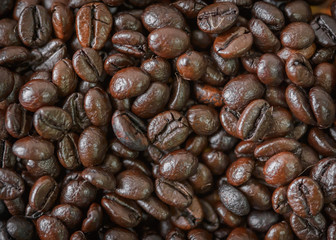 Roasted coffee beans.For art texture or web design and web backg