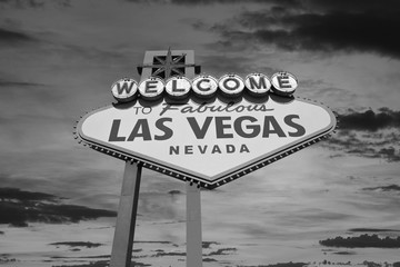 Aluminium Prints Las Vegas Las Vegas Welcome Sign with Sunrise Sky in Black and White