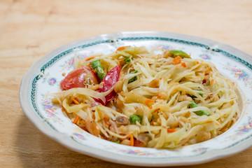 papaya salad or som tum
