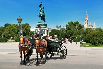 Keuken foto achterwand Wenen Vienna, fiaker ride, Heldenplatz
