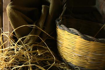 cestelo in vimini per la raccolta di frutta e ortaggi nell'antica calabria ionica.