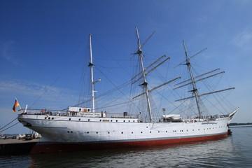 Museumsschiff Gorch Fock im Stralsunder Hafen