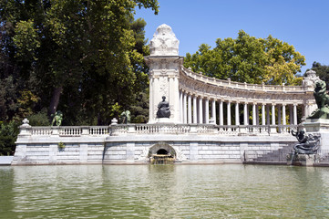 Retiro Park Madrid Parque del Retiro Denkmal Alfonso XII.