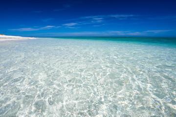 沖縄のビーチ・ナガンヌ島