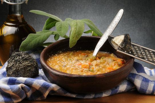 Soup cereals and legumes Zuppa cereali e legumi Sopa de granos y legumbres Tahıl ve baklagiller Çorbası