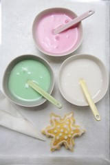 Three different icings for Christmas biscuits