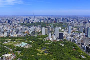 迎賓館と皇居/迎賓館から東京駅方向を望む