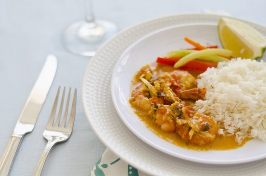 Prawns with coconut, ginger and rice (Dominican Republic)
