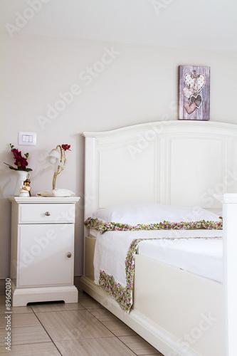 Camera da letto stile shabby\