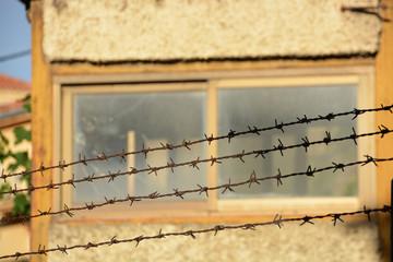 puesto de vigilancia en los muros de una prision