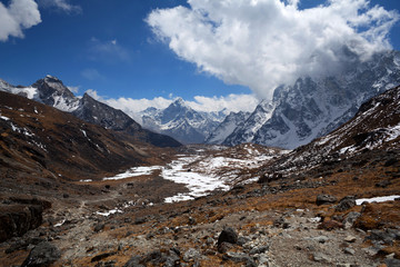 Cho La pass in Sagarmatha National Park, Nepal