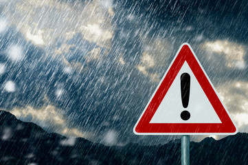 Zelfklevend Fotobehang Onweer Caution - Bad Weather