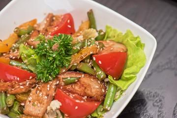 Warm salad with chicken