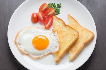breakfast, fresh fried egg and bread