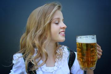 Oktoberfest, young girl