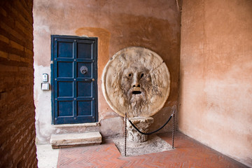 The Mouth of Truth,Santa Maria in Cosmedin church in Rome, Italy 真実の口 サンタ・マリア・イン・コスメディン教会