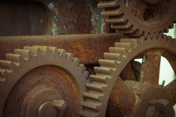 Aluminium Prints Mills Old gear in machine