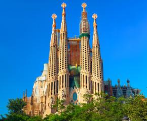 Autocollant pour porte Barcelona Sagrada Familia - the impressive cathedral designed by Antonio Gaudi