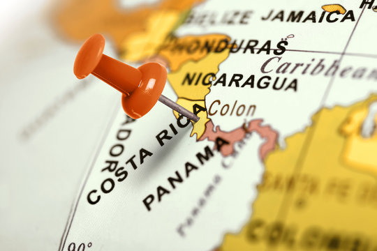 Location Costa Rica. Red pin on the map.