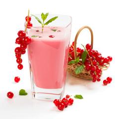 Milkshake of red currant