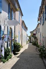 Rue de Talmont en Gironde