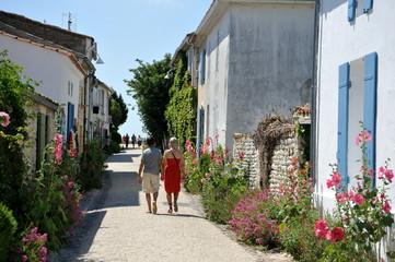 Promenade amoureuse dans Talmont en Gironde