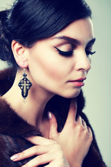 earrings beauty