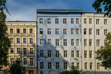 Bemalte Hausfassade in Berlin-Kreuzberg